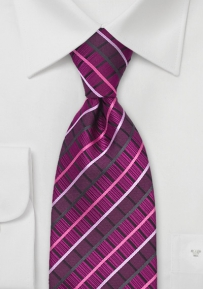 Designer Silk Tie in Bright Magenta