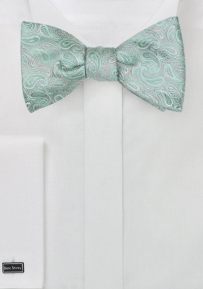 Summer Paisley Bow Tie in Mint