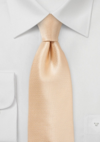 Summer Wedding Tie in Peach Fuzz